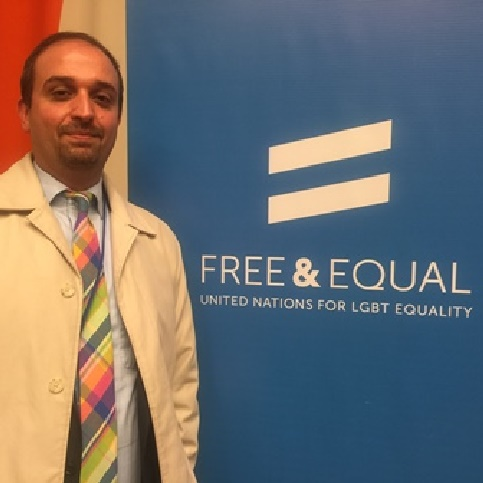 آسوشیتدپرس: برای برخی از همجنسگرایان در دیگر کشورها، شبکههای اجتماعی خطرساز شدهاند